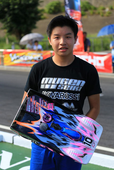 JJ at the 2013 TAIWAN 1/8 NITRO GP INVITATIONAL RACE